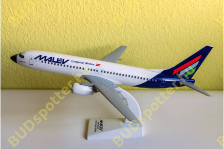 Boeing 737-800 Malév HA-LOK