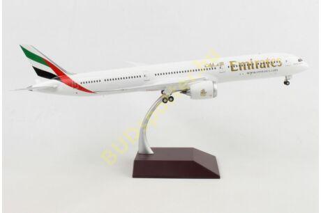 Emirates B-787-10