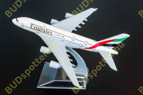 Airbus A380 Emirates A6-EEJ